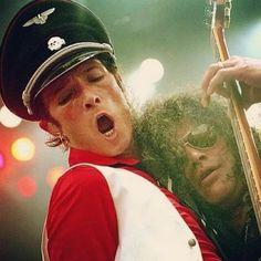 Velvet Revolver Days with Slash. Rock Couple, Shirley Manson, Velvet Revolver, Scott Weiland, Stone Temple Pilots, I Like Him, Why People, In Loving Memory, Rock N Roll