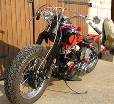 Photo of 1942 Harley WLA Flathead Oldschool Bobber Motorcycle by Axel.