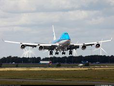 Cargo Aircraft, Boeing Aircraft, Airbus A380, Military Aircraft, 747 Airplane, International Civil Aviation Organization, Airport Design, Boeing 747 400, Air Space