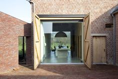 ARQA - Rabbit Hole, family house in Belgium