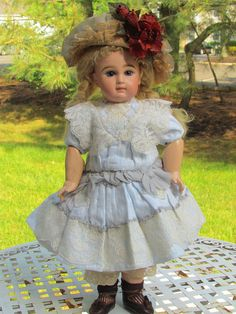 "White Cotton Dress Hat for 18-19"" (47cm) French Bebe Jumeau Steiner or German Doll"