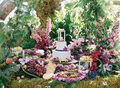 Вдохновляющая, абсолютно волшебная фотосессия свадьбы в лесу