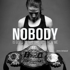 awesome Joanna Jędrzejczyk training for Valérie Létourneau battle at UFC 193 Female Mma Fighters, Ufc Fighters, Kickboxing, Muay Thai, Cat Zingano, Ufc Women, Mma Boxing, Brazilian Jiu Jitsu, Fight Club
