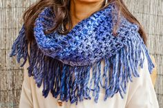 Feito à mão em crochet  4 maneiras de usar  40