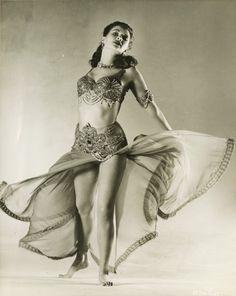 Yvonne de Carlo,  the film: Salome, Where She Danced   1945
