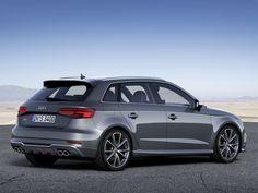 Voir cette image sur PhotosCar: Nouvelle Audi S3 Sportback : plus de puissance, plus de sportivité, plus de plaisir de conduite. Embarquez pour un univers sportif insoupçonné.