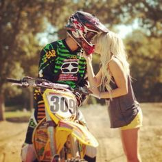 Find images and videos about love, boy and couple on We Heart It - the app to get lost in what you love. Country Couples, Teen Couples, Country Girls, Cute Couples Goals, Couples In Love, Couple Goals, Couple Relationship, Cute Relationships, Relationship Quotes