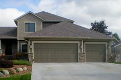Versetta cultured stone? This one is perfect with our green/cypress color.