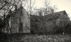 the disappointment house old abandoned house with five chimneys North Carolina