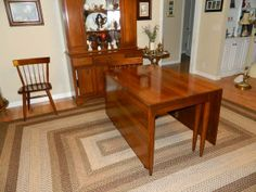 Willett Furniure Lancaster County Maple Dining Table