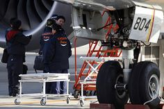 Boeing lithium-ion battery maker is the focus of an investigation launched Monday by Japanese and US officials. Boeing 787 Dreamliners were grounded after an overheated battery forced the emergency landing of an All Nippon Airways 787 flight last week. Finance, United Nations General Assembly, Civil Aviation, Batteries, December 7, Fabricant, Html, Tech, Economics