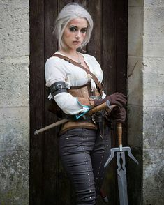 "Polubienia: 379, komentarze: 5 – Share My Cosplay (@sharemycosplay) na Instagramie: ""#Cosplayer @lily_on_the_moon as #TheWitcher's #Ciri! #cosplay #videogames @Regrann from…"""