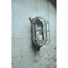 industriële wandlamp fabriekslamp