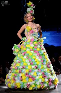 High Fashion Using Garbage