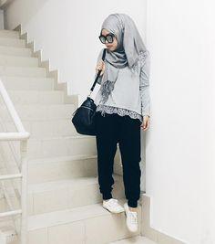 Style hijab inspiration- photo by @shearasol on Instagram
