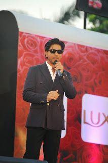 Shahrukh Khan Meets Lux - Chennai Express Contest Winners