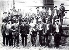 Five Points Gang (Italians) rivaled the Eastman Gang