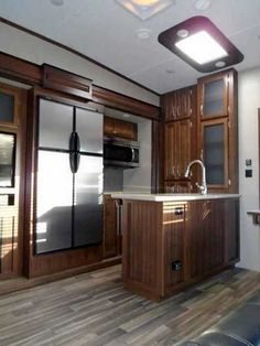 2016 New Keystone Montana 340BH Fifth Wheel in South Dakota SD.Recreational Vehicle, rv, 2016 Keystone Montana340BH, 12cu. ft. Side by Side Refrigerator, 2nd A/C 13.5 BTU, AUTO LEVEL SYSTEM, Bike Rack, Decor- Fresco, Exterior Decor-Champagne, Free Standing Dinette, High Country Pkg, Moving to Montana Pkg, RVIA Seal, Theater Seating , Winterization,