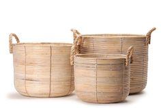 rattan basket // Καλάθι πιατέλα στρογγυλό ψηλό από rattan http://www.nicknack.gr/product/kalathi_piatela_stroggilo_psilo_rattan_kal_026616/b2c_baskets