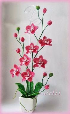 мастер класс: Орхидея из бисера.