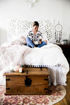 Creative cool small bedroom decorating ideas (18)