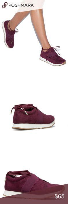 New shoedazzle sneakers Slim fit Shoe Dazzle Shoes