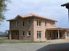 Wenn Projekte auf dem Papier realität werden. Wann startest du? Cabin, Mansions, House Styles, Home Decor, Paper, Roof Tiles, Romanesque, Architectural Materials, Projects