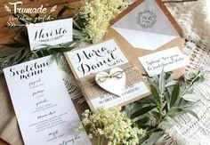Svatební oznámení s dřevěným srdíčkem