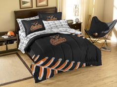 The Baltimore Orioles full size bed in a bag set is everything you need for a baseball fan bedroom. Bedding set includes 1 Baltimore Orioles comforter, shams, sheet set, and some MLB Baltimore Orioles pillows for the sports fan!