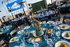 Heal the Bay Gala: Heal the Bay's annual fund-raising gala took place on June 4 at the Jonathan Club on the beach in Los Angeles. In keeping with the nautical theme, about 1,000 guests dined at tables with ocean-inspired design.