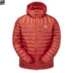 Vår nye Arete Hooded Jacket er oppgradert med C6 teflonimpregnert du kvalitet for bedre beskyttelse mot fuktighet.