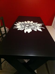 Our DIY dining table is almost done. The stencil was the easiest part! I've gone stencil crazy and purchased two more. One for decorating the matching Banquette for this table, and another for the wall of my sewing room. Furniture Projects, Furniture Makeover, Home Projects, Cool Furniture, Painted Furniture, Furniture Stencil, Hm Deco, Diy Dining Table, Dining Room