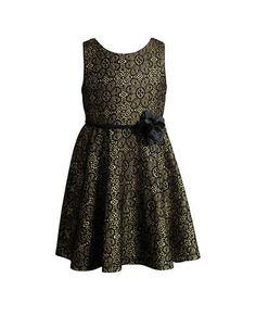 <br><ul> <li>Glitter lace dress with a flower detail</li> <li>Roundneck</li> <li>Sleeveless</li> <li>Front waist piping</li> <li>Flower pin</li> <li>Invisible back zipper</li> <li>Polyester</li> <li>Machine wash</li> <li>Imported</li> </ul>