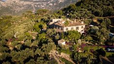 the most romantic hotel for a honeymoon in Mallorca is Cas Xorc between Deia & Soller Jacuzzi, Infinity Pool, Patio Interior, Das Hotel, Restaurant, Most Romantic, Best Hotels, Spain, Romance