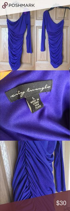 Blue purple one sleeve ruched bodycon dress Purchased new from Macy's juniors department. Worn ONCE. Professionally lined throughout entirety of dress, stretchy fabric feels amazing and generous ruching detail on both sides creates a perfect silhouette.   Purple and blue glitter fabric. Beautiful sequin and beading appliqué detail on shoulder. City Triangles Dresses One Shoulder