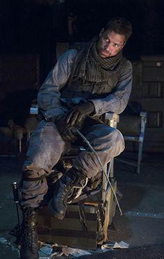 Arrow' Meets Deathstroke: Manu Bennett As Slade Wilson Exclusive ...