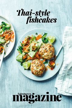 Dale Pinnock (aka The Medicinal Chef) has shared this low-carb Thai fishcake recipe. Here, small fishcakes are served with a light ribbon salad of carrot and cucumber, but they can easily be made bigger to be served as burgers Prawn Recipes, Fish Recipes, Seafood Recipes, Dinner Recipes, Recipies, Healthy Toddler Meals, Healthy Meal Prep, Dinner Healthy, Keto Dinner