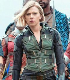 You can now own this beautiful Black Widow Infinity War Vest jacket. This attire is taken from the fantasy film Avengers: Infinity War in which this jacket is worn by Scarlett Johansson. This outfit is available in exciting black color. Black Widow Cosplay, Black Widow Costume, Black Widow Outfit, Black Widow Scarlett, Black Widow Natasha, Marvel Vs Dc Comics, Marvel Avengers, Marvel Heroes, Costumes