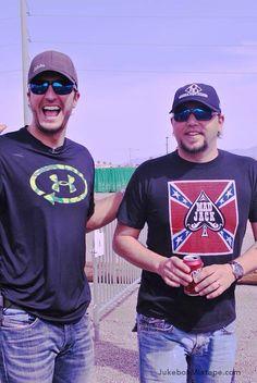 Luke Bryan & Jason Aldean rockin' the shades!