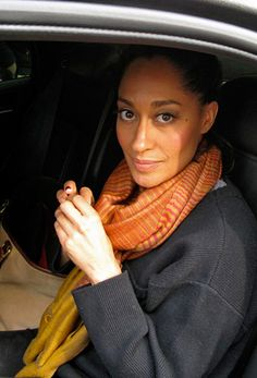 """This woman is the main reason why i love women with natural hair. Beauty and brains is way better than any """"Assets"""" you have. Tracee Ellis Ross."""