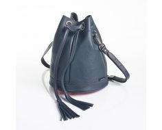 Oxford Classic Leather Bucket Bag