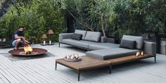 Modern Outdoor Furniture For Small Spaces Modern Patio Furniture Images Depot Sets Small Apartment Ideas Designs For Spaces Patios Mid Century Modern Outdoor Furniture Small Space Design Patio, Terrasse Design, Garden Design, Lounge Design, Outdoor Furniture Sofa, Diy Garden Furniture, Rustic Furniture, Antique Furniture, Furniture Ideas