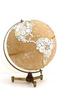 ⊙ Cute as a Button ⊙ artful button crafts and diy inspiration - Made by Robin Ayres – button globe Diy Buttons, Vintage Buttons, Button Art, Button Crafts, Globe Projects, Globe Crafts, Map Projects, Painted Globe, Globe Art