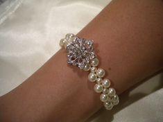 Bridal Pearl bracelet, vintage style bracelet, bridesmaid bracelet, Loreen [for Sarah]