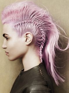 COLORFUL HAIR... Cute Color and Love the Style