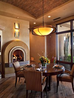 1000 images about dining rooms on pinterest dining for Jones design company dining room