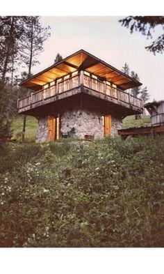 Cabin Photo Plan #547-1 - Houseplans.com