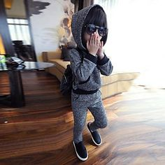 Boy's Fashion Leisure Lovely Snow with Hooded Warm Sport Clothing Set – USD $ 25.99