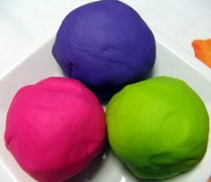 recipes for moon sand, flubber, sidewalk paint, window paint, and play dough.