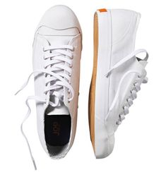10 White Sneakers to Wear Right Now